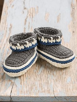 Annie's Signature Designs: Holiday Family Slippers Crochet Pattern